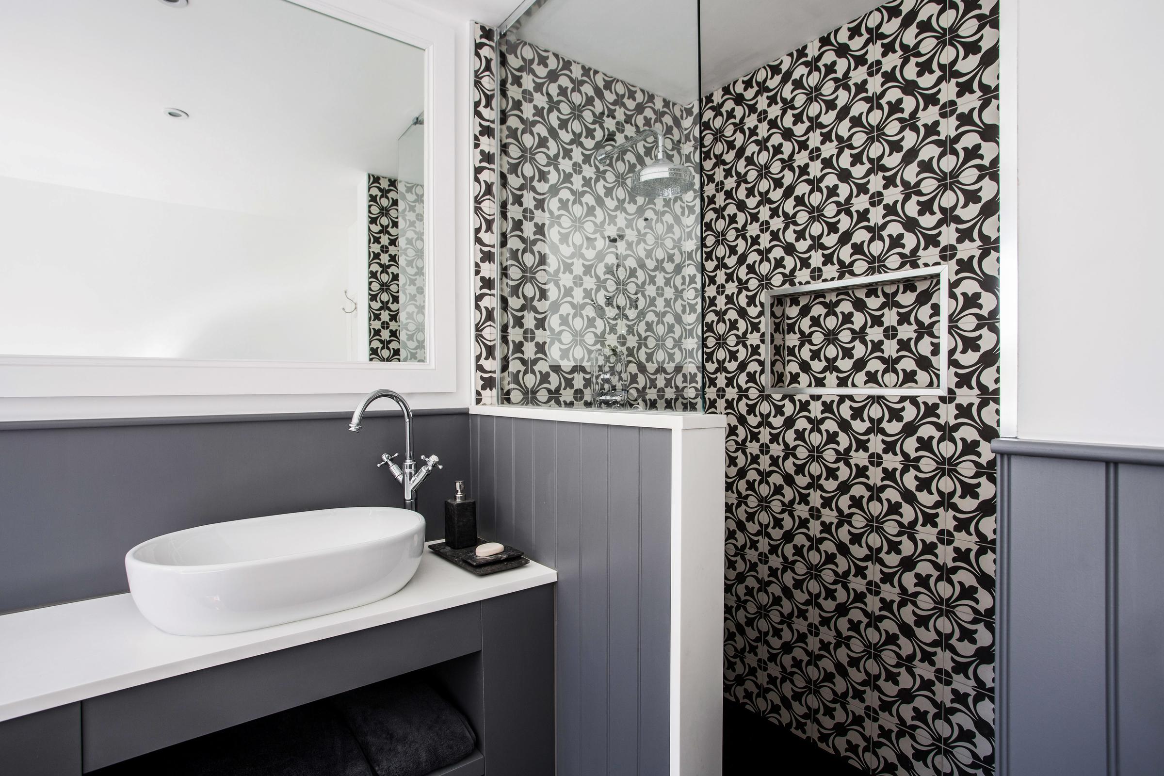 Boutique Hotel Bathroom Burlanes Interiors Kent And Essex