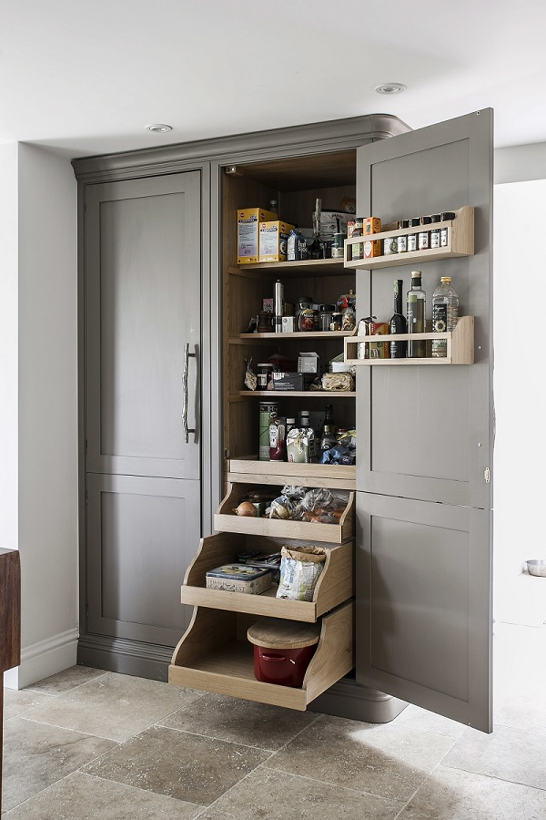 Burlanes Custom Built Handcrafted Furniture · Pin It · A Belfast Sink In A Country  Cottage Kitchen ...
