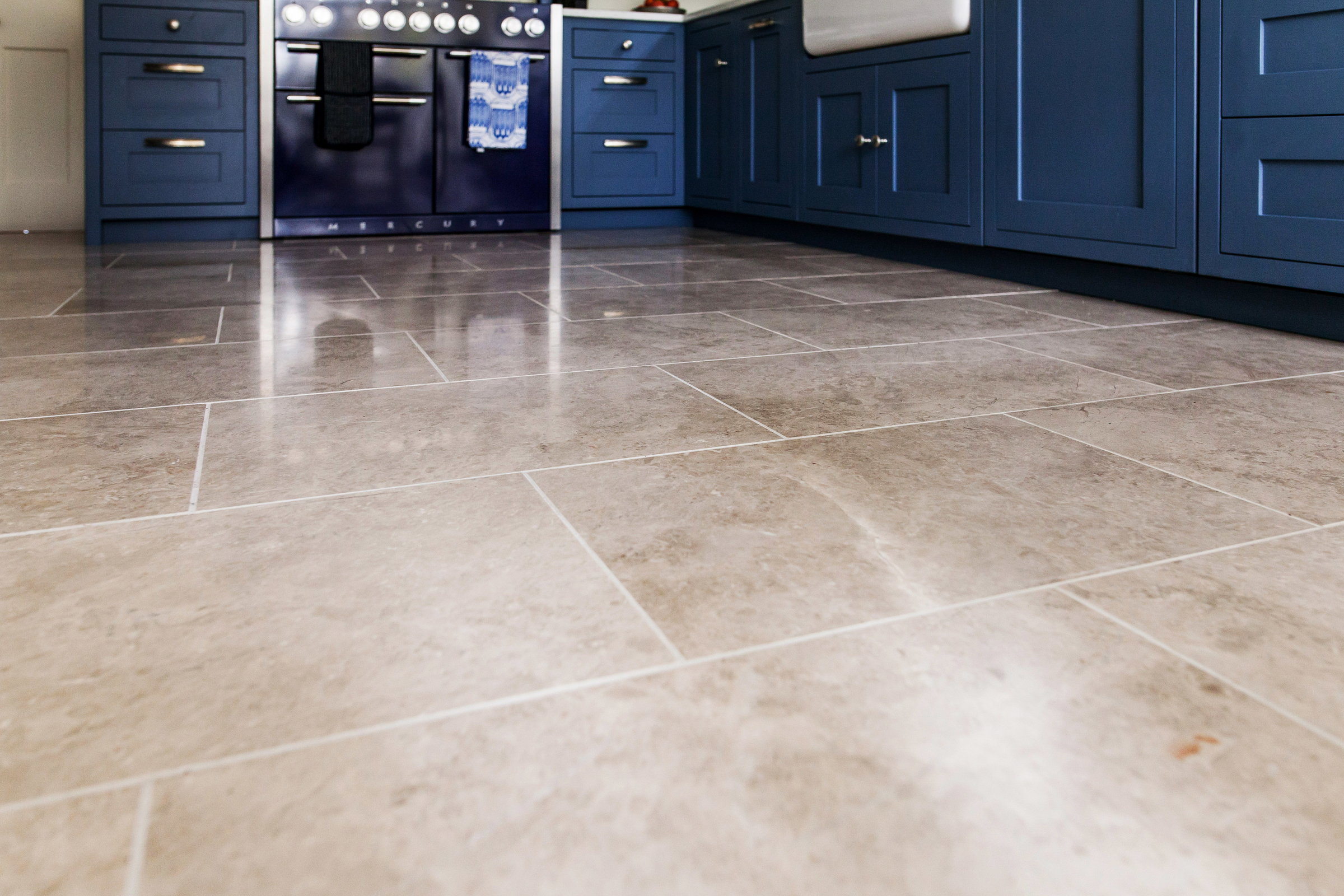 Ca'Pietra Piccadilly Limestone tiles