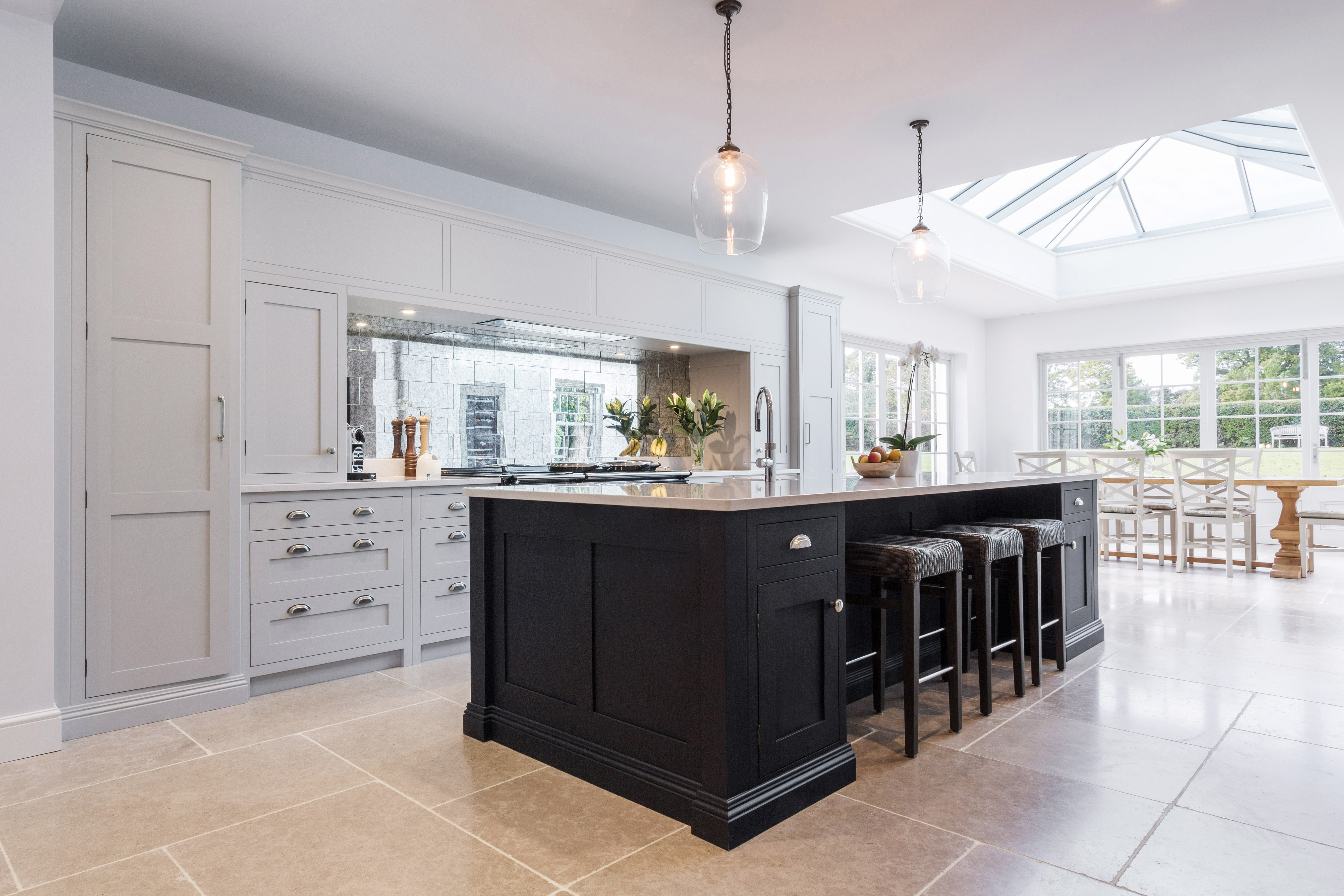 Floor-To-Ceiling Kitchen Cabinetry | Kitchen Design Ideas ...