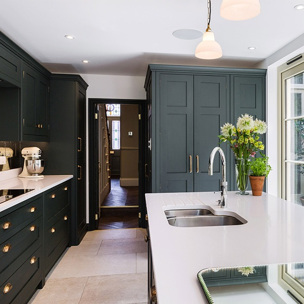 A Charismatic London Town House Transformation
