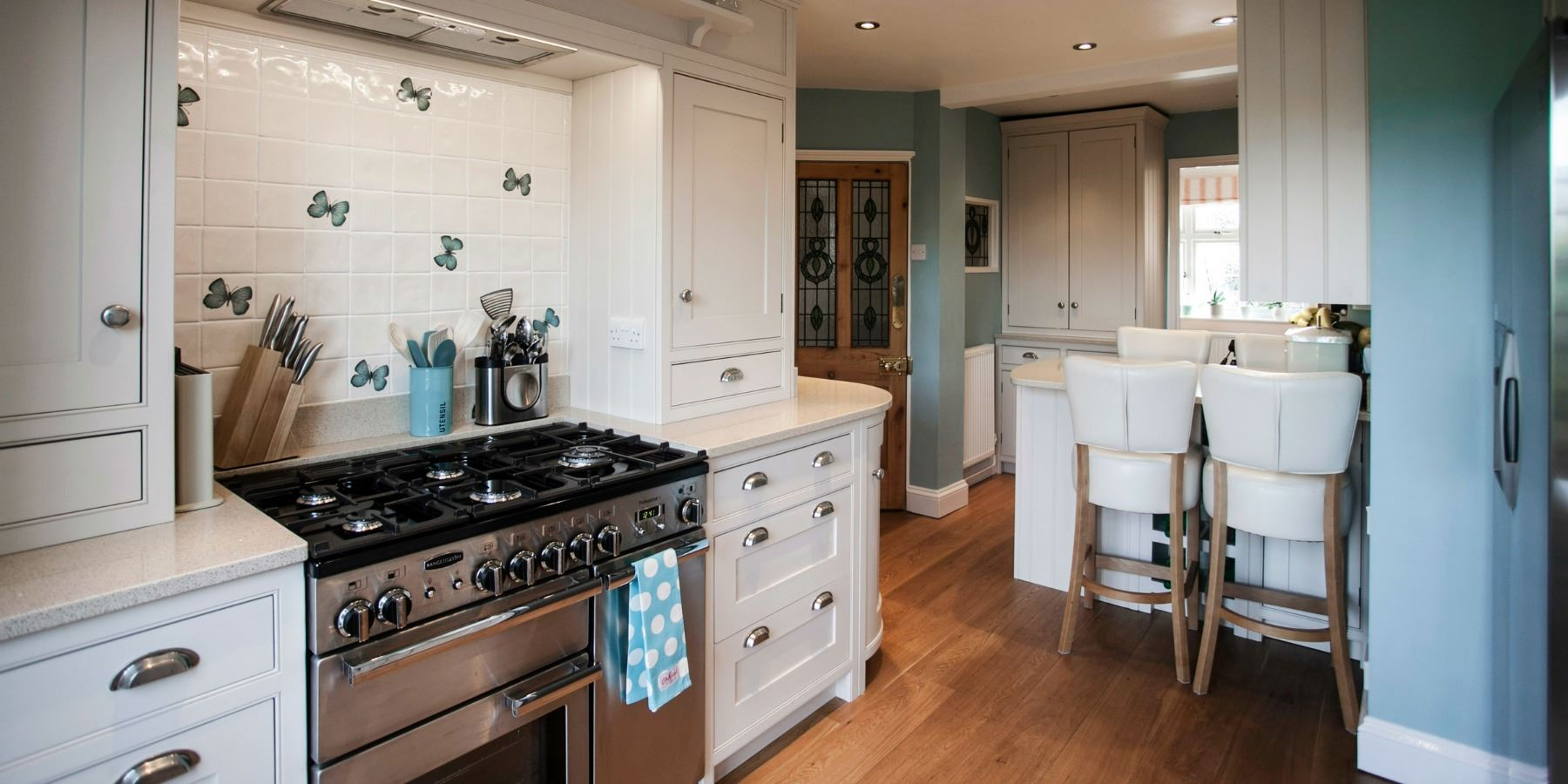 Burlanes Interiors - Burlanes custom built, bespoke kitchen