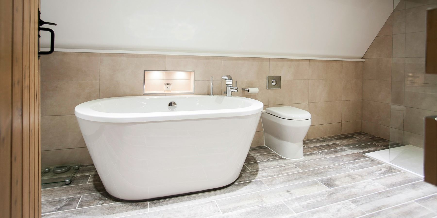 Burlanes Interiors - Boutique Hotel Style Bathroom