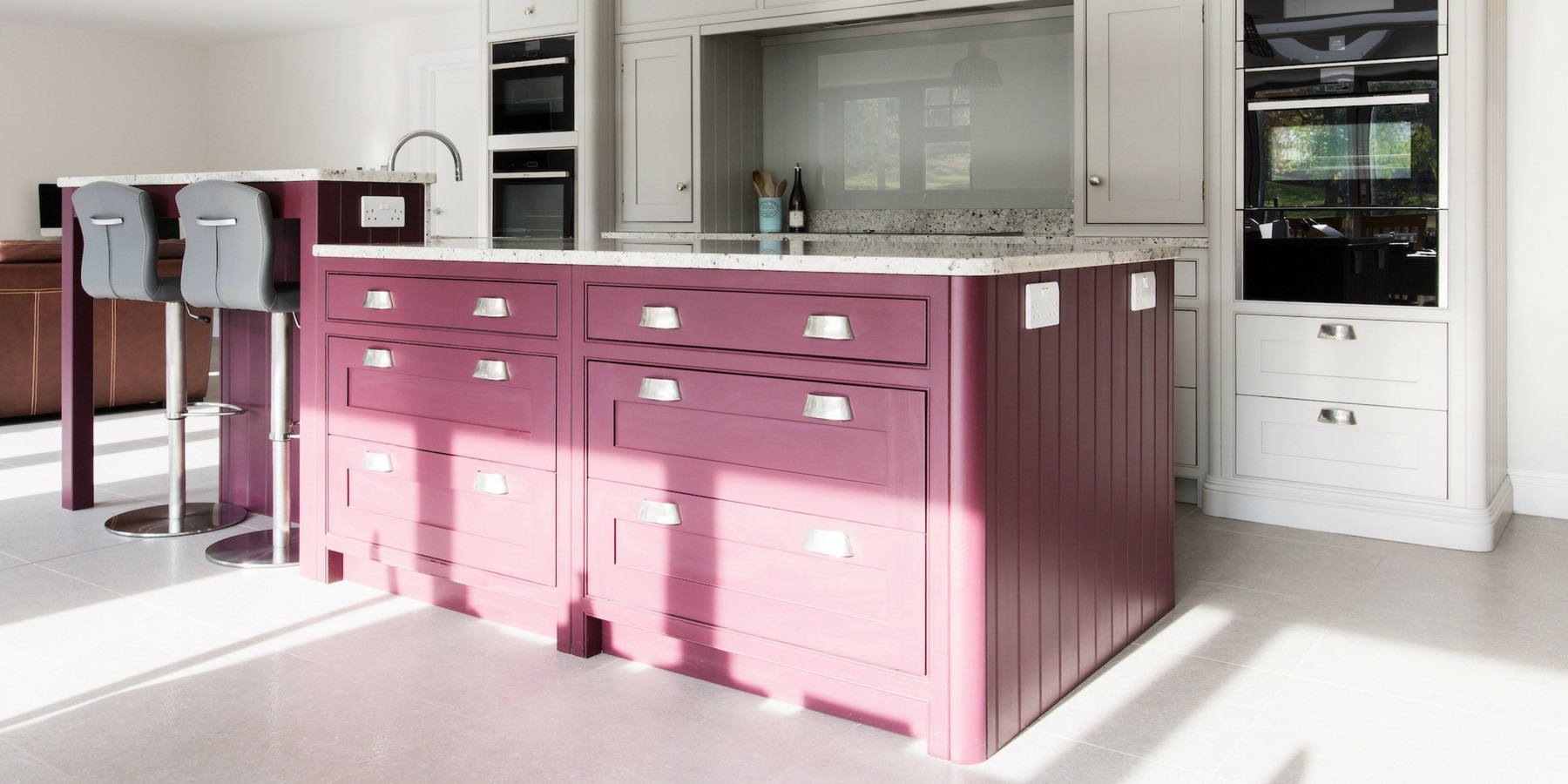 Burlanes Interiors - Multi Functional Family Kitchen