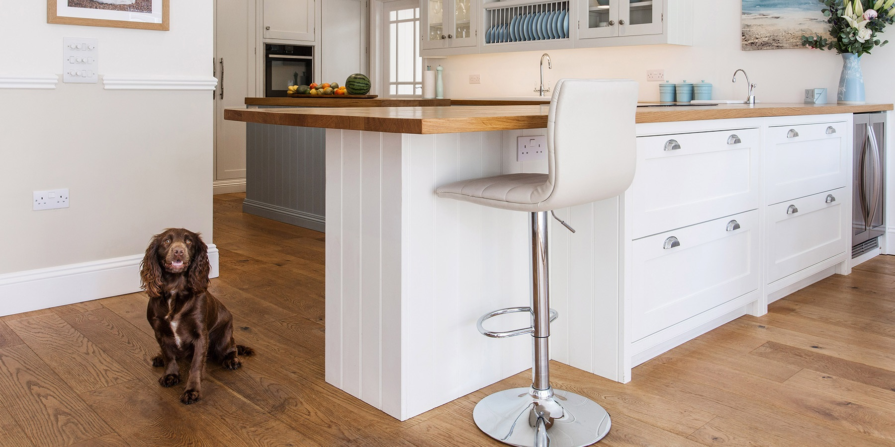 Bespoke White Shaker Kitchen - Burlanes handmade Wellsdown kitchen with breakfast bar and wooden worktops.