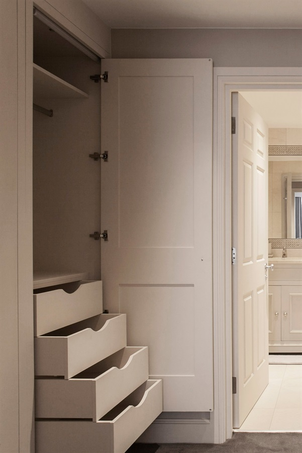 Bespoke Bedroom Furniture & Storage Solutions - Burlanes handmade bedroom furniture and fitted wardrobes, with bespoke drawers and storage solutions.