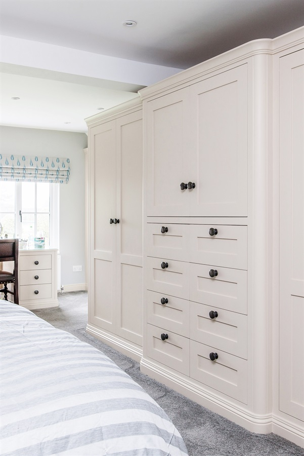 Bespoke Luxury Freestanding Bedroom Wardrobes - Burlanes handmade luxury bedroom wardrobes and dressing table.
