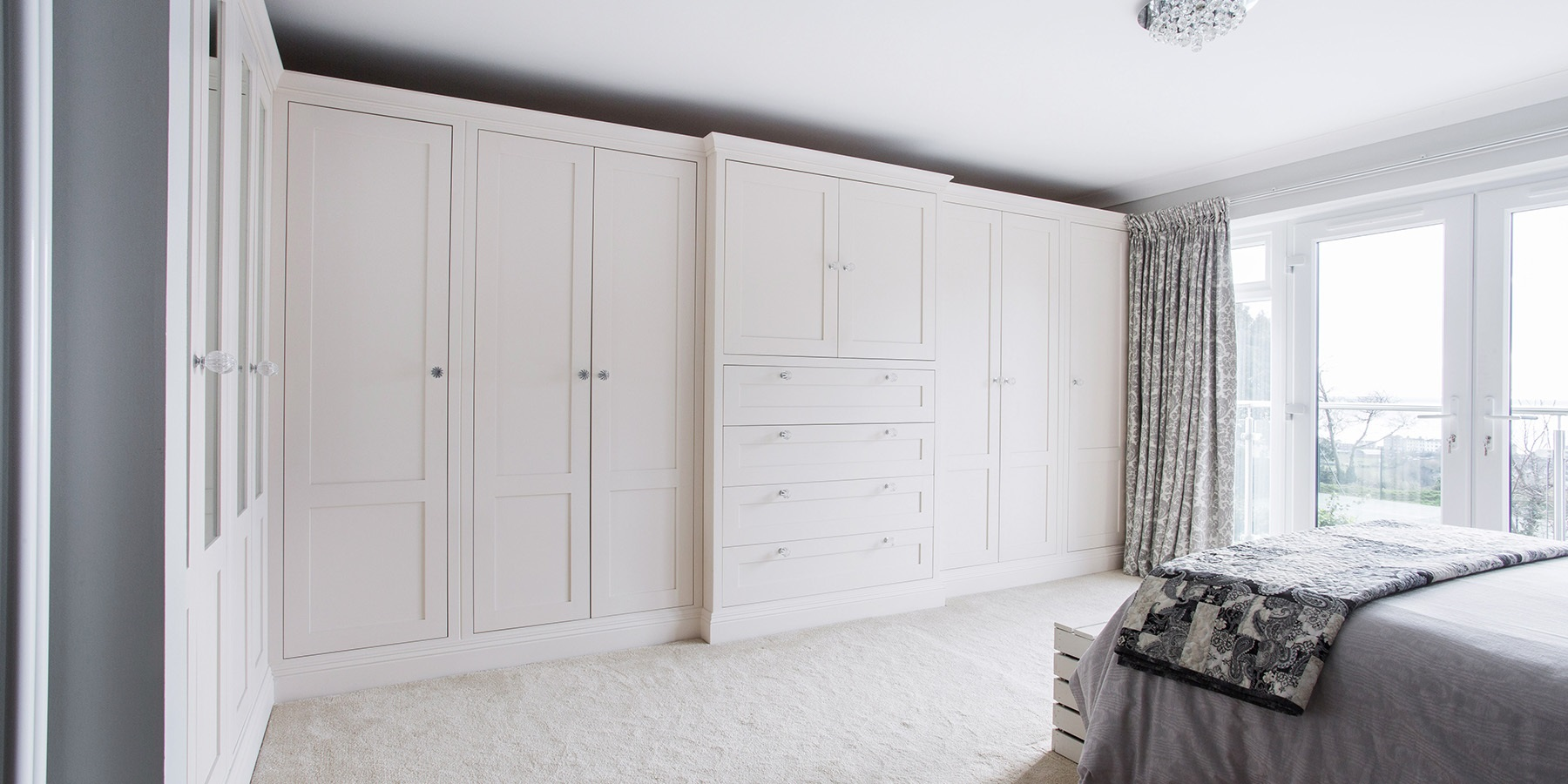 Burlanes Interiors - Bespoke, handmade bedroom furniture and fitted wardrobes and a beautiful master bedroom en suite