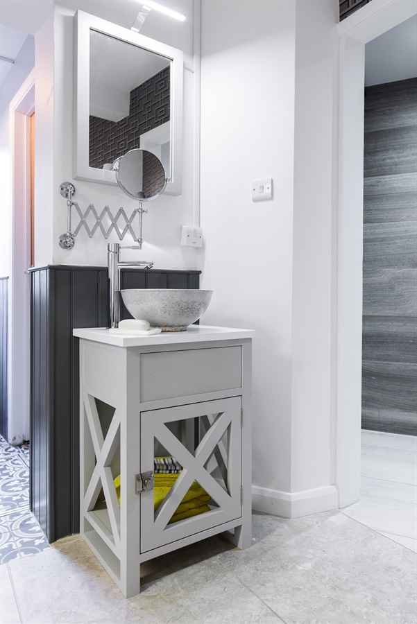 Luxury Bespoke Bathroom Design - Burlanes Sevenoaks is located in the heart of Sevenoaks, Kent, and showcases a range of our handmade kitchens, bathrooms, wardrobes and beautiful freestanding pieces of furniture for the home.