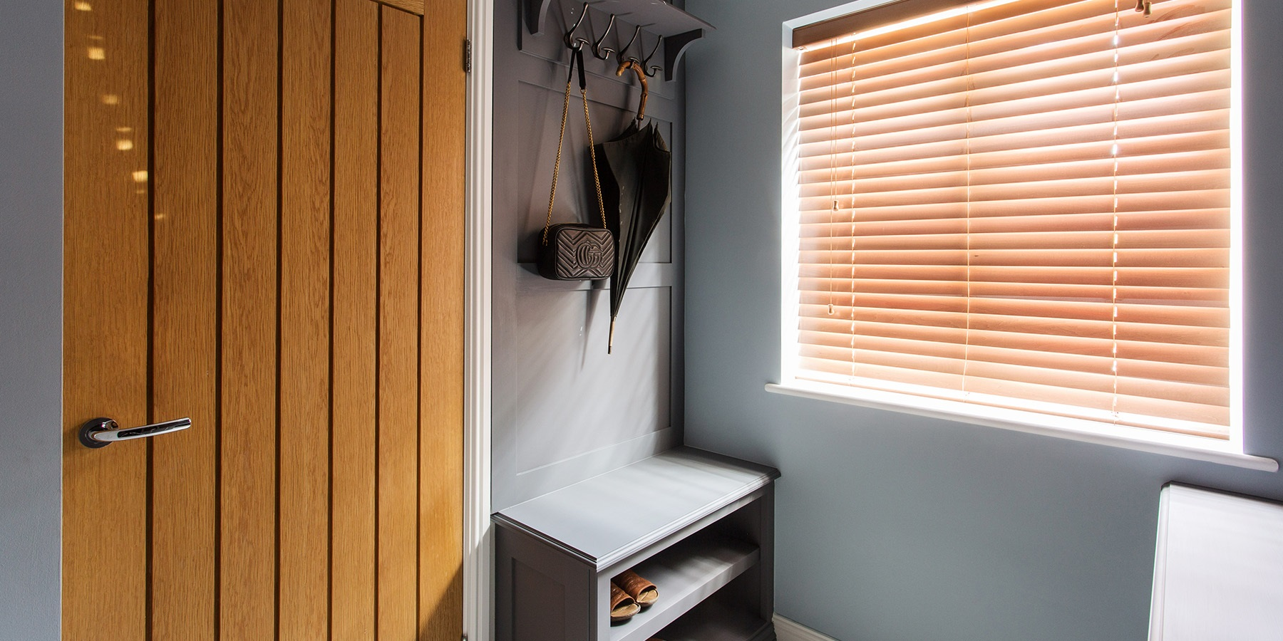 Bespoke Bootroom & Entrance Hall - Handmade bootroom furniture with shaker panelling, bench seating and coat hooks.