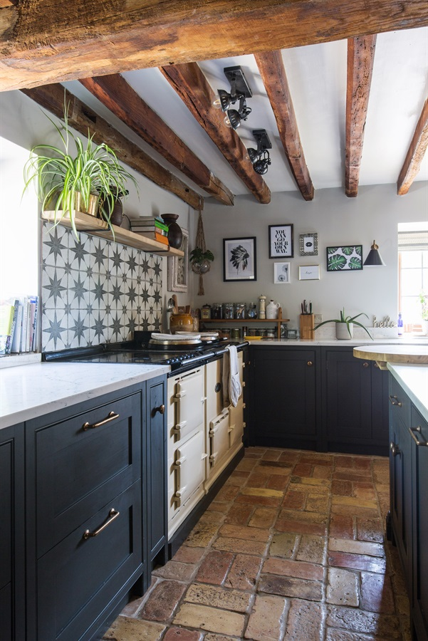 Bespoke Rustic Shaker Kitchen - Burlanes handmade Wellsdown kitchen cabinets, with classic AGA range and Ca'Pietra tiled splashback.