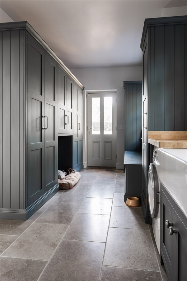 Handmade Utility Room & Bootroom Storage - Burlanes bespoke utility room furniture with bootroom storage and banquette seating.