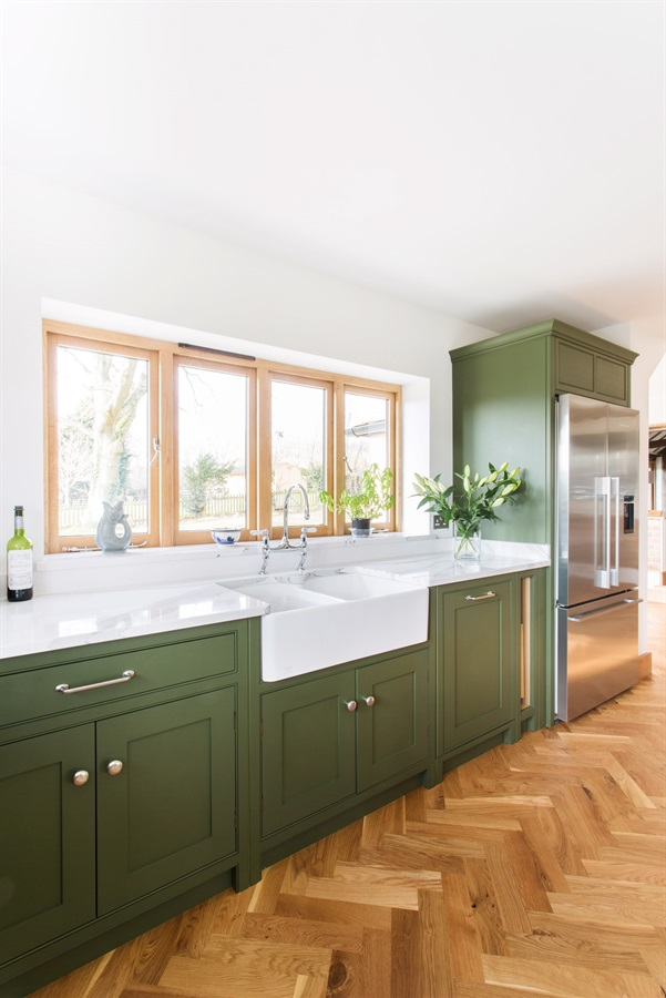 Burlanes Bespoke Country Shaker Kitchen - Burlanes handmade Wellsdown kitchen with beautiful Belfast sink.