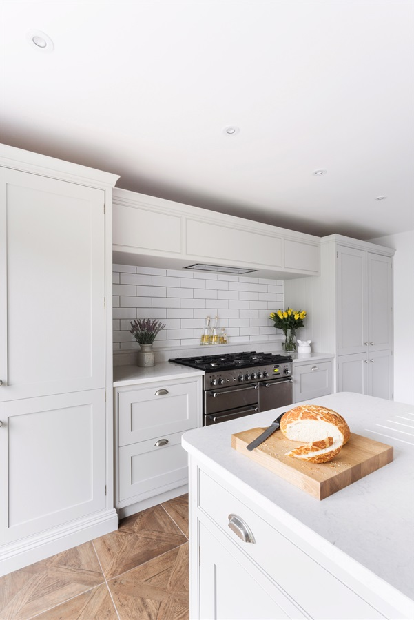 Burlanes Bespoke Country Shaker Kitchen - Burlanes handmade Wellsdown kitchen with metro tiles splashback.