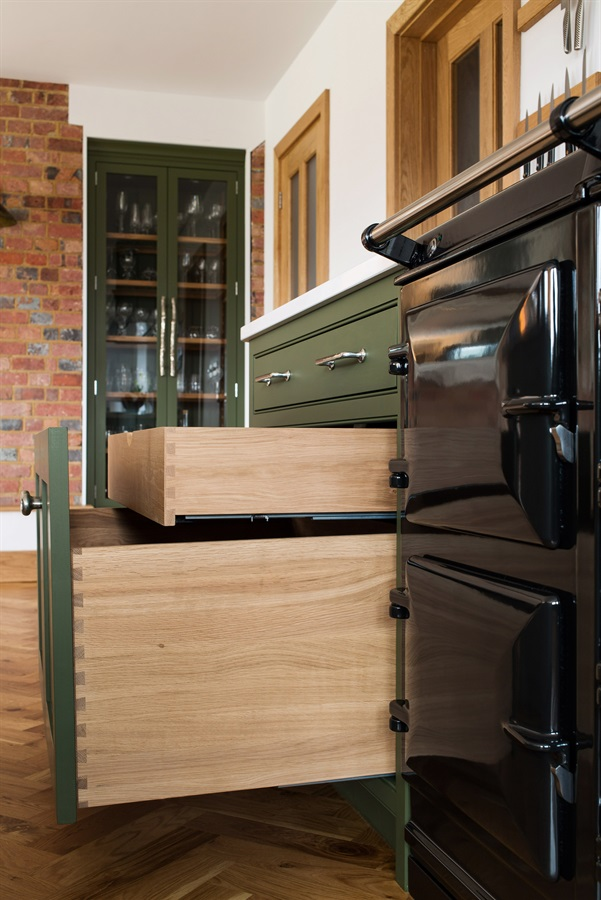 Burlanes Bespoke Country Shaker Kitchen - Burlanes handmade Wellsdown kitchen with concealed storage.